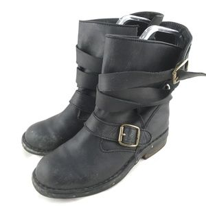 Brit boot black gray leather distressed moto strap